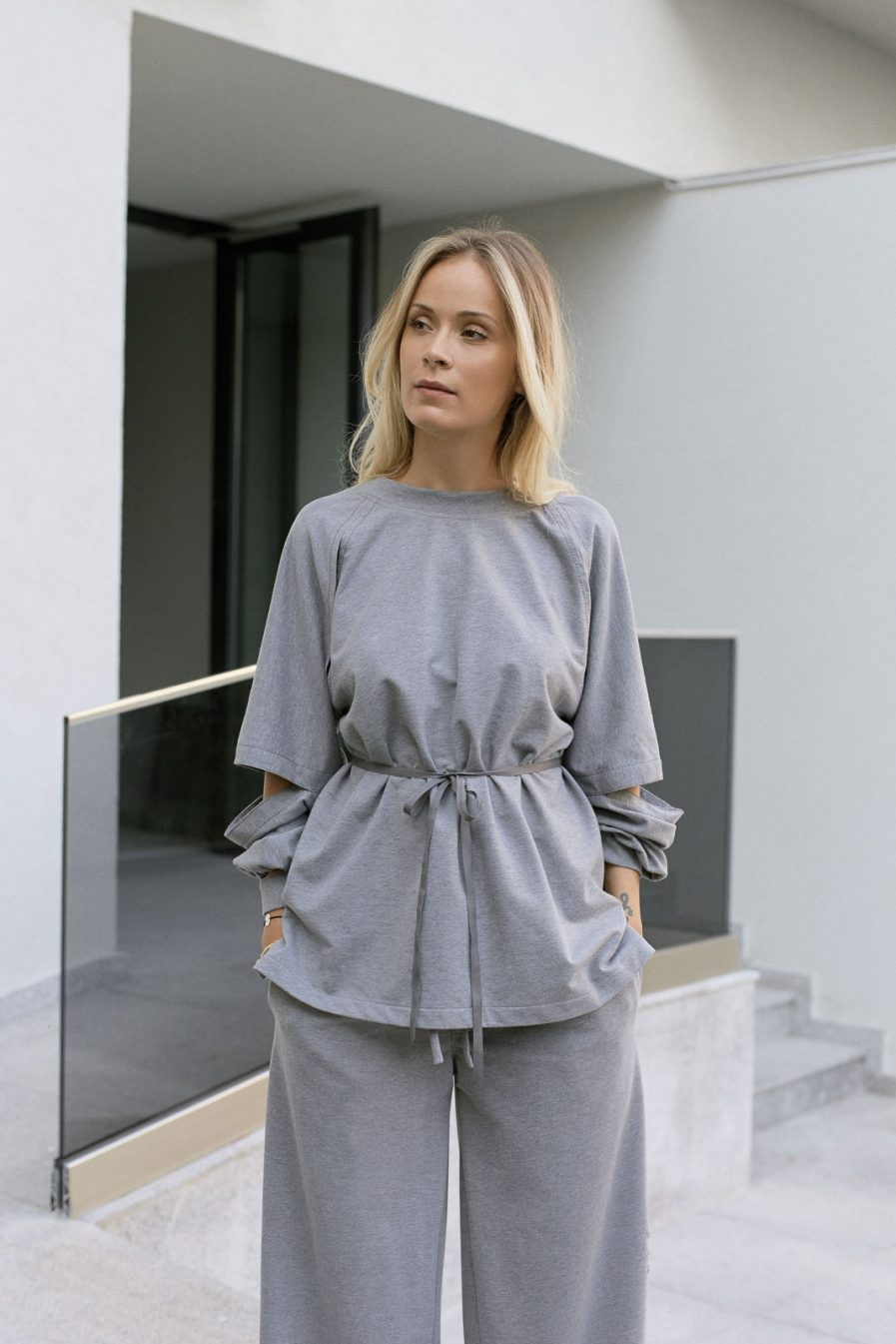 Cropped sleeves cotton belted sweatshirt
